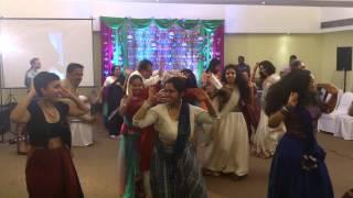 Зажигательный танец на индийской свадьбе (Indian wedding) Part 1.2