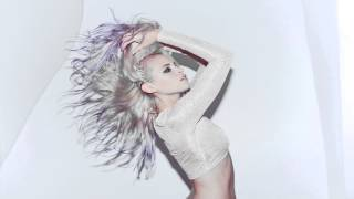 Watch Kyla La Grange Never That Young video