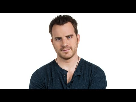 Rob Kazinsky Jokes About his 'Second Chance' Bod