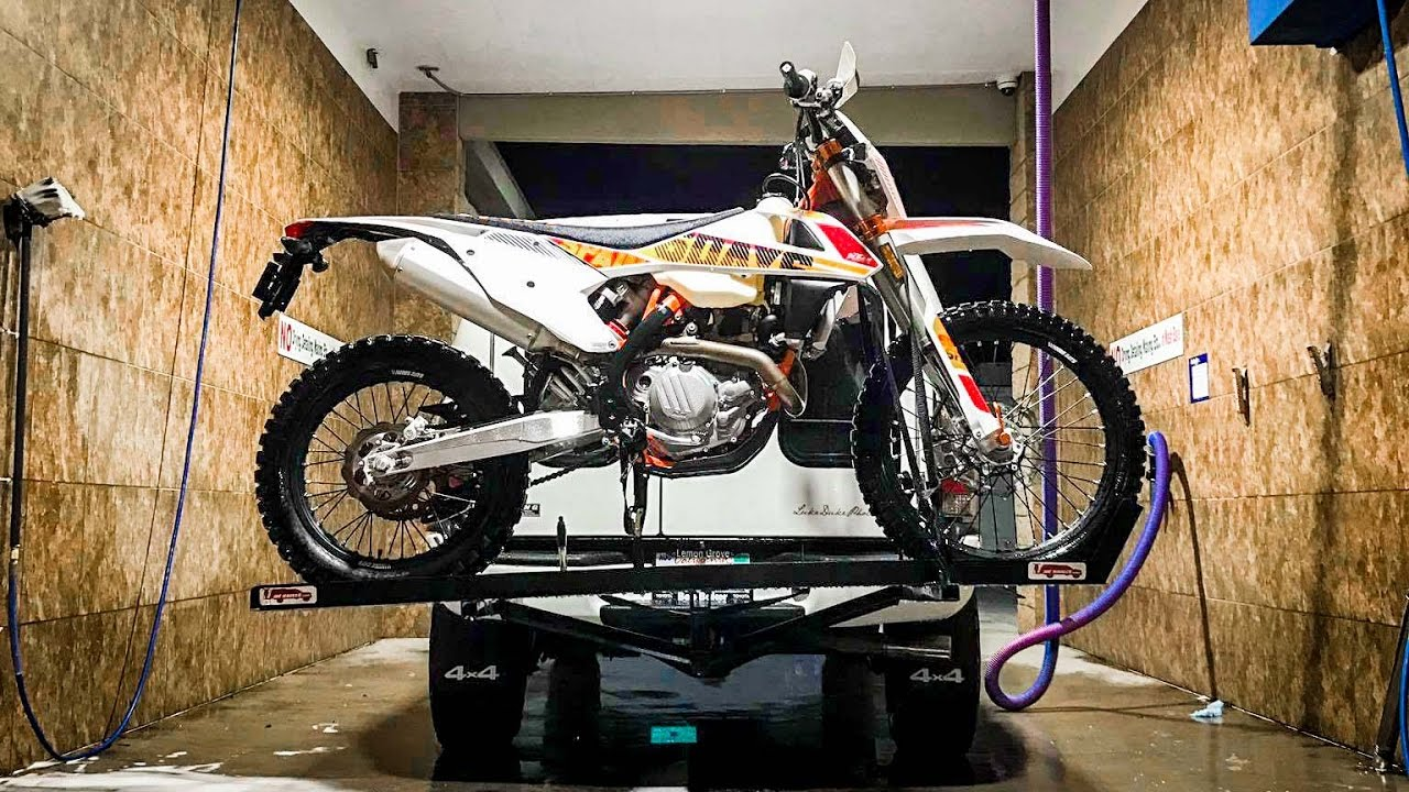 How to: 2017 KTM 450 EXC-F Six Days Oil Change