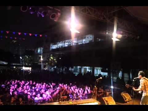 Lebih Indah - Adera (Live Performance) (Star Wars Regina Pacis 2011)