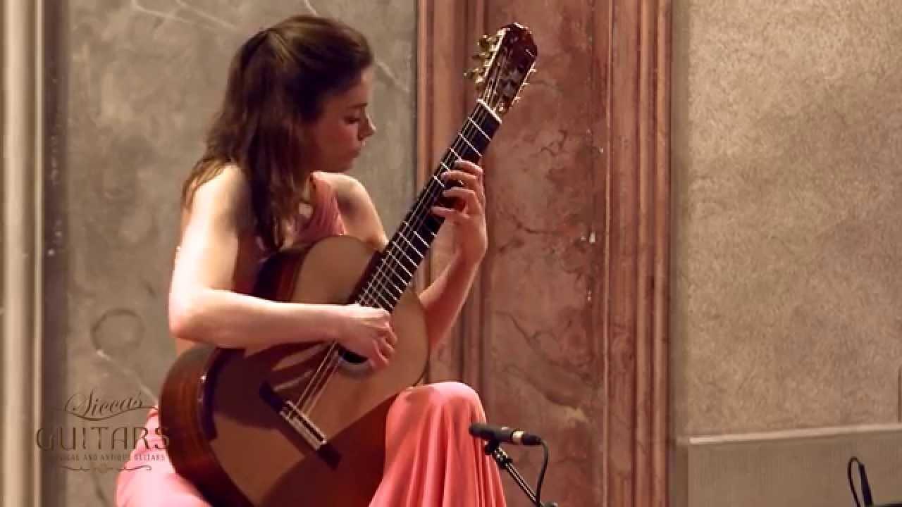 Ana Vidovic plays Sonatina by Federico Moreno Torroba