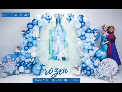 Frozen Party Ideas |  Frozen Balloon Garland
