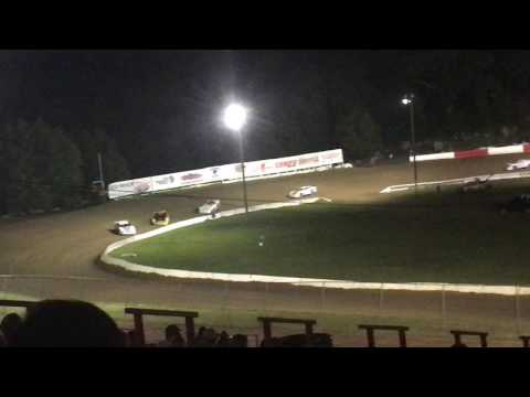 Batesville Motor Speedway. (Southern Outlaw Late Models)