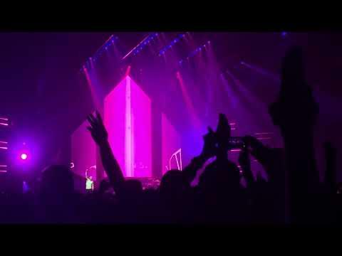 Imagine Dragons - Whatever It Takes [Lyon - Halle Tony Garnier 2018]