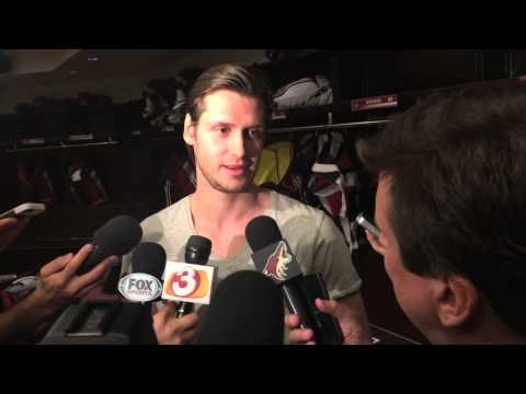 Coyotes Oliver Ekman-Larsson At '14-'15 Locker Clean Out