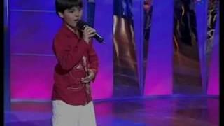 Abraham Mateo (9años) BAILAR PEGADOS ante Sergio Dalma
