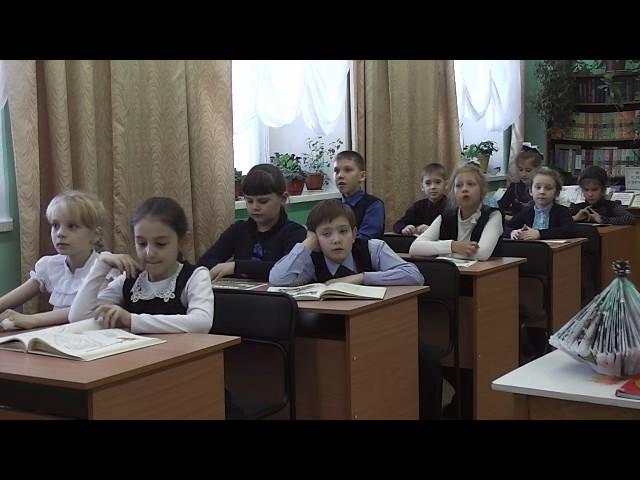 Изображение предпросмотра прочтения – «Читатели библиотеки МБОУ СОШ №2 г.Николаевска-на-Амуре» читают произведение «А что у вас?» С.В.Михалкова