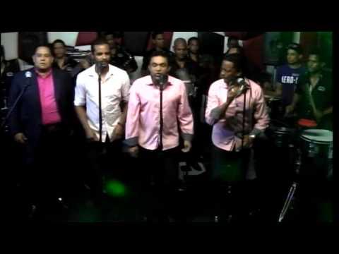 Jose Peña Suaso Y Su Banda Gorda @ Malayas 7-4-14 (Parte 1)