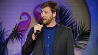 Johnny Beehner does impressions and crowd work - Dry Bar Comedy