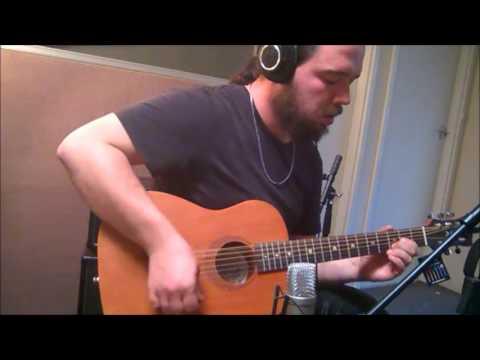 Luna Safari 3/4 scale Mahogany acoustic travel guitar. sound test