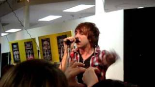 All Time Low - Coffee Shop Soundtrack - Instore Tokyo JP(, 2009-05-27T14:35:58.000Z)
