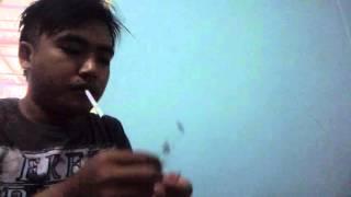 trik menyalakan rokok tanpa korek api
