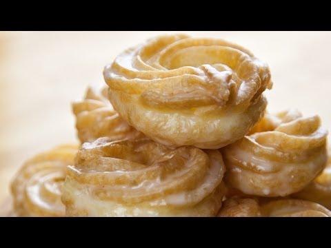 Honey Crullers - Miodowe Paczki Parzone