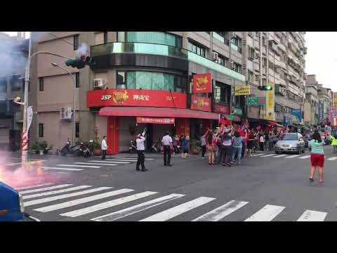 一睹韓國瑜的光彩 掃街  超多人的  高雄鳳山2018/11/21