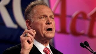 Moore urged to quit race if Washington Post report is true