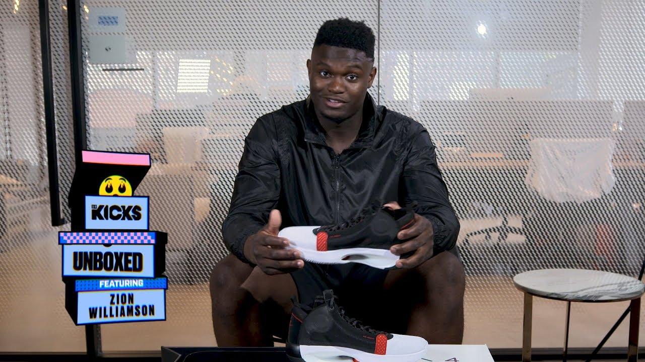 preferir Hierbas Lo siento  Zion Williamson Unboxes the Air Jordan 34 with B/R Kicks - YouTube