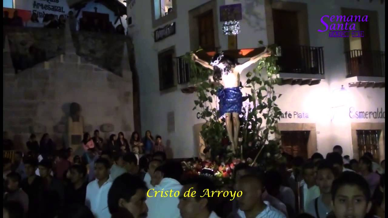 Prosesión de los Cristos Jueves Santo en Taxco 2013