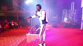 Chronicles of USHBEBE live in London