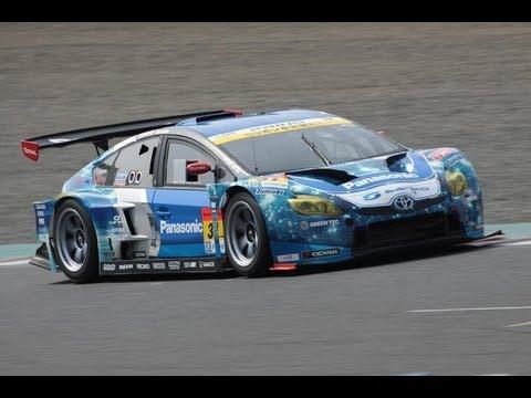 HYBRID PRIUS RACECAR : The SUPER GT GT300 TOYOTA PRIUS by apr JAPAN