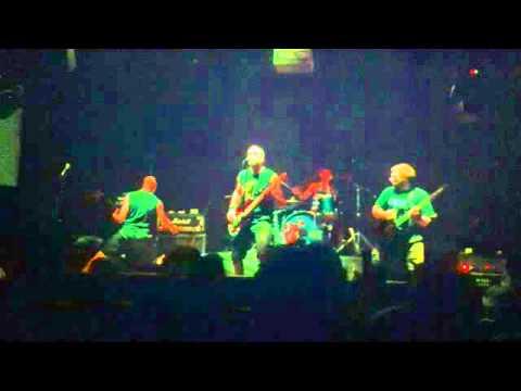 Mute - Burning Wreck @ Hangar Bar - Curitiba 2011
