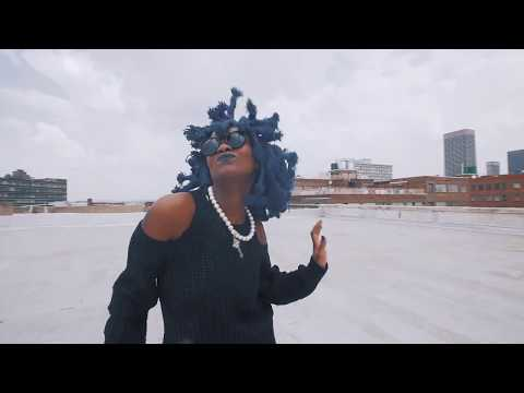 Moonchild Sanelly X Converse