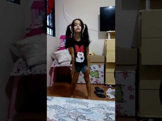 Dançando - clipzui.com