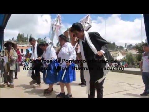 Bailarines de navidad. Pastores y wayliyas (mal escrito: huaylía). Vilcas Huaman. Ayacucho