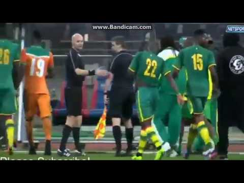 [CRAZY!] Senegal vs Cote D'Ivoire Match ABANDONED as Fans rush Pitch!!