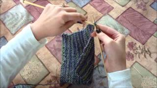 Knitting: How to Cast Off and Weave in Ends (Beginner's Dishcloth Tutorial) Thumbnail