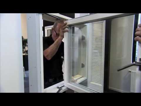 How to seperate sash from frame on Rationel AURAPLUS Sideswing windows