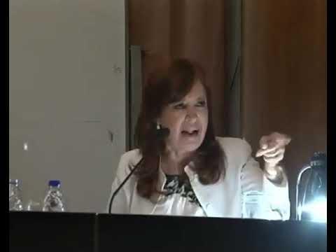 Cristina denunció persecución judicial y aseguró: La historia ya me absolvió