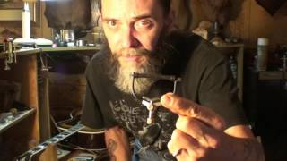 What kind of capo is best? Guitar capos explained Quick Clip Tips