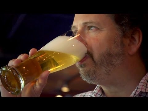 Pour The Perfect Pint Of Beer | At Home With P. Allen Smith