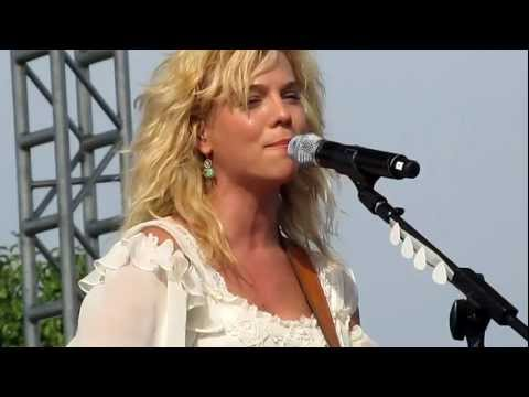 "The Band Perry.""If I Die Young"" at the Brickyard 400"