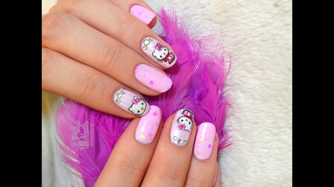 Nail art Hello Kitty // stamping inversé - YouTube