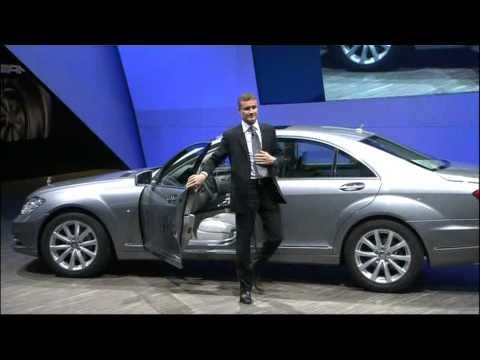 Presentation mercedes benz s250 cdi blueefficiency paris for Mercedes benz s250