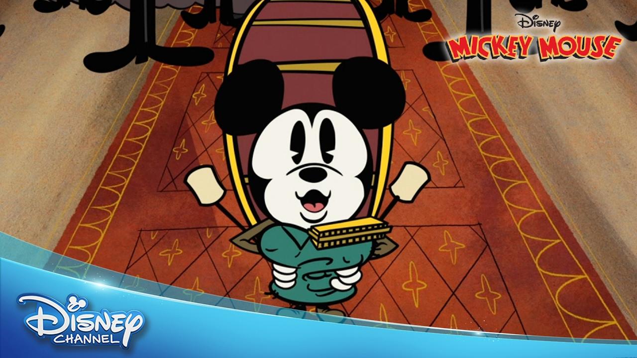 Mickey Mouse Short e Man Band
