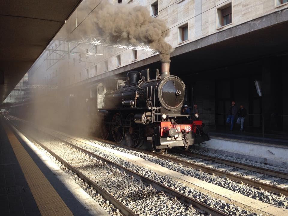 Treni alla stazione termini locomotiva a vapore 640 for Affitto ufficio roma stazione termini