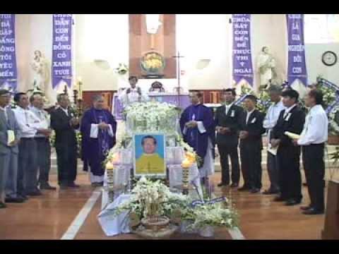 Thánh lễ Cầu nguyện cho cha Phaolô của gia đình Lê Bảo Tịnh tại Vinh Hương