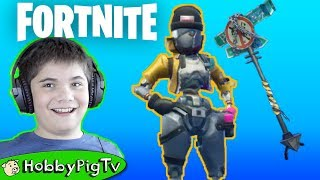 Fotnite NEW REBEL skin and Drift Mode with HobbyPigTV