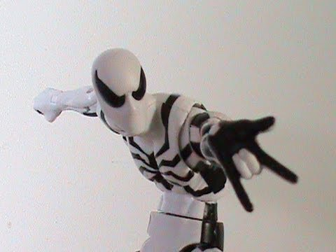 Marvel Legends Spider-Man (Future Foundation) Figure Review