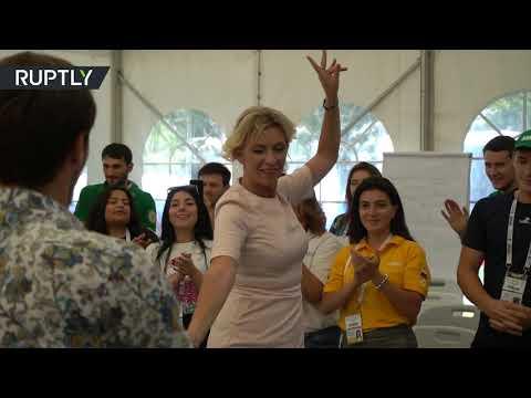 شاهد.. المتحدثة باسم الخارجية الروسية ترقص ليزغينكا  - نشر قبل 7 ساعة