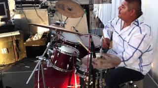 Hnos. Vega Jr. Cumbia en El Bellotoso.MOV