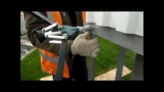 Как клепают профлист(как клепать заклепки алюминиевые, как монтируют вентелируемый фасад http://klyshko.ru/otdelka-fasada/, 2014-09-13T12:34:00.000Z)
