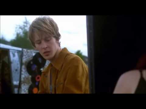 Gabriel Mann singing in Josie and the Pussycats