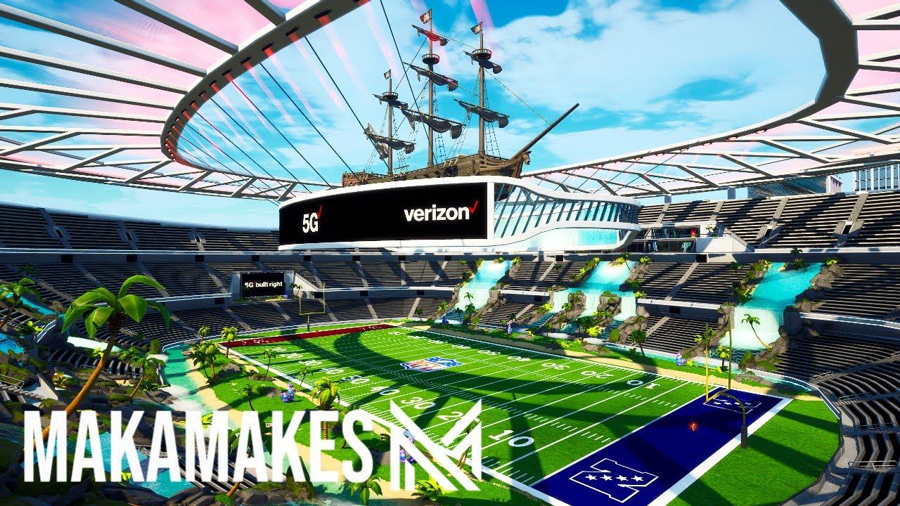 Building the MOST INSANE Stadium in Fortnite Creative