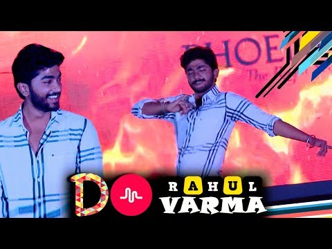 Rahul Varma Does Thara Local Dance Performance At Womens College | Dubsmash, Musically Fans Alert!