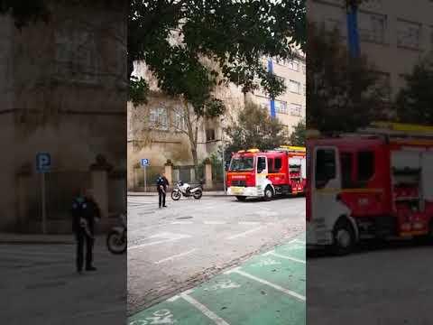 Evacúan a unos 70 escolares por un incendio en un transformador