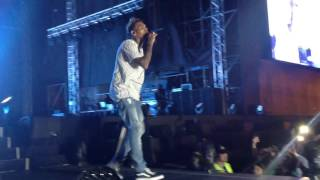 Chris Brown - Strip & Look At Me Now Feat Kevin McCall ( Live Performance ) One Hell Of A Nite Tour